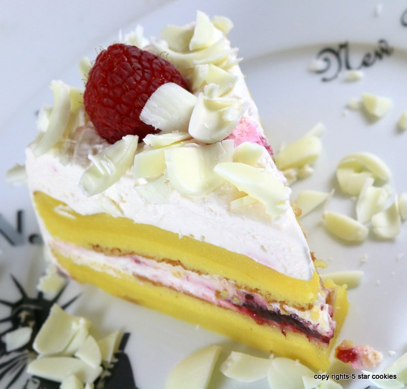 Raspberry White Chocolate Lemon Flourless Torte from the best food blog 5starcookies and Cookie