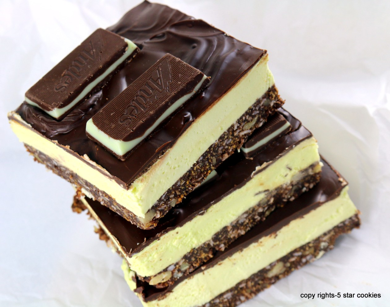 Mint Nanaimo Bars from the best food blog 5starcookies -enjoy and share