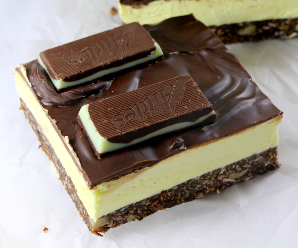 Mint Nanaimo Bars from the best food blog 5starcookies -PRINT,MAKE,SHARE