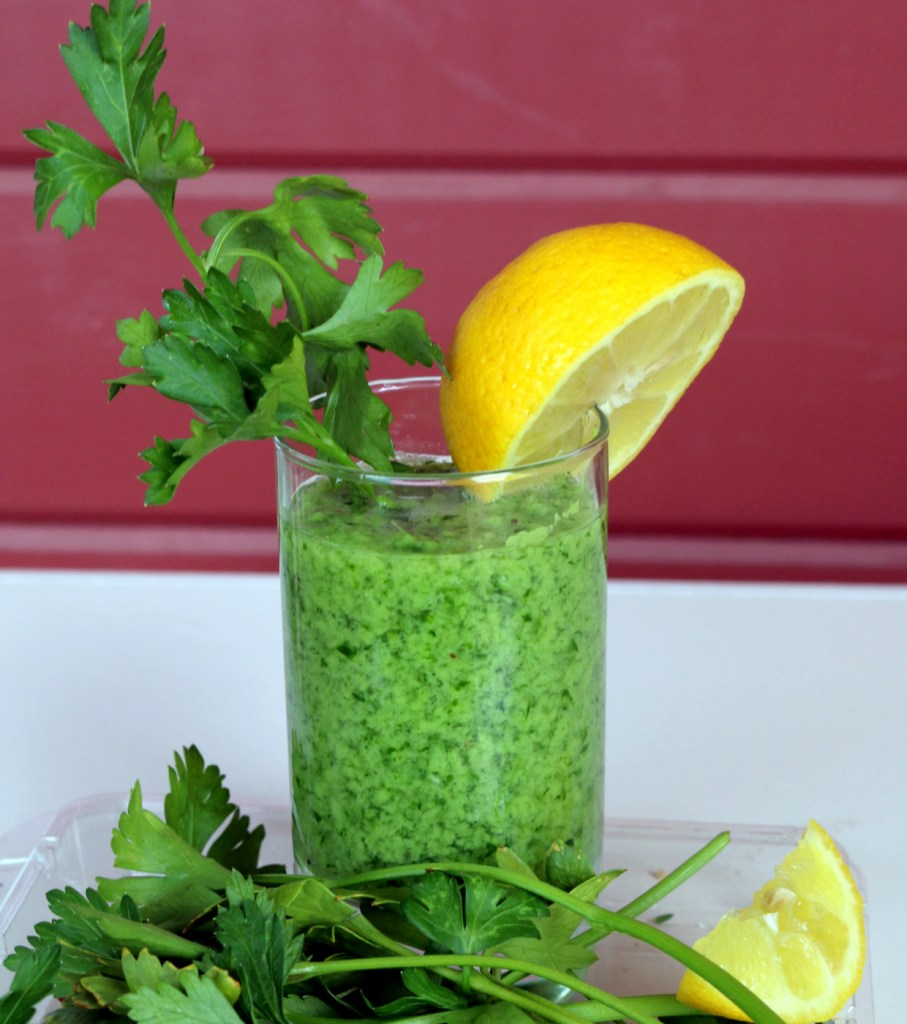 Italian Parsley Banana Lover Drink from the best food blog 5starcookies -enjoy and share this healthy drink from 5 star cookies