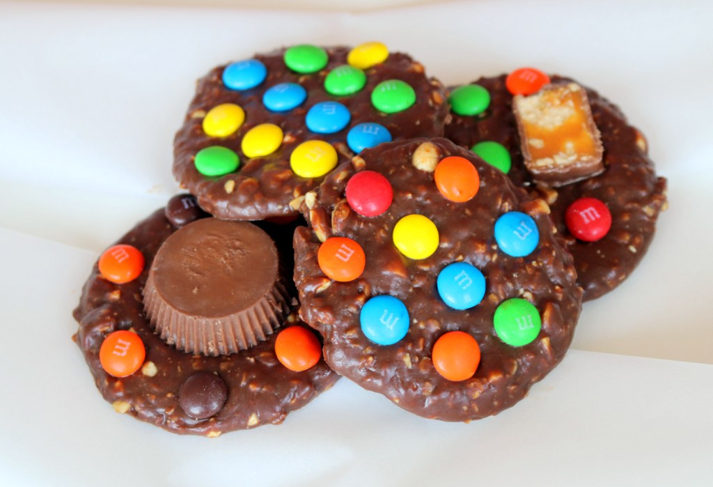 eat more candy cookies from the best food blog 5starcookies -no bake the best recipe