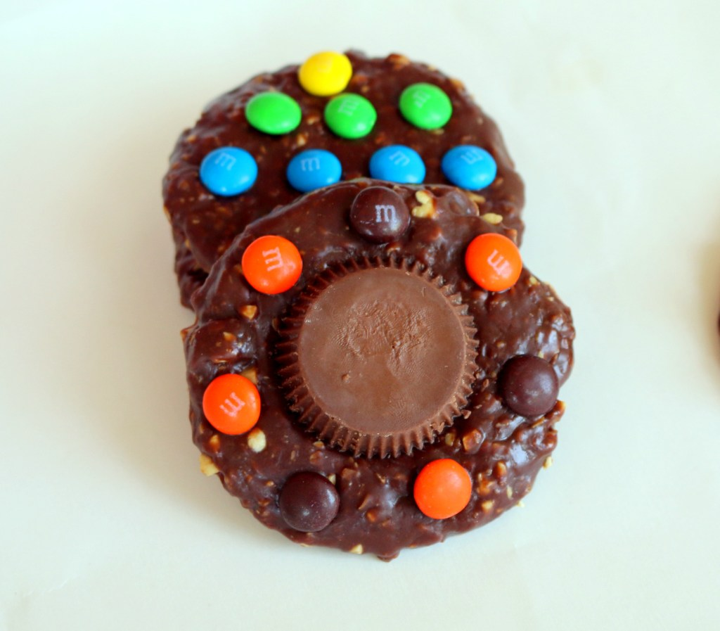 eat more candy cookies from the best food blog 5starcookies -no bake the best recipe for YOU