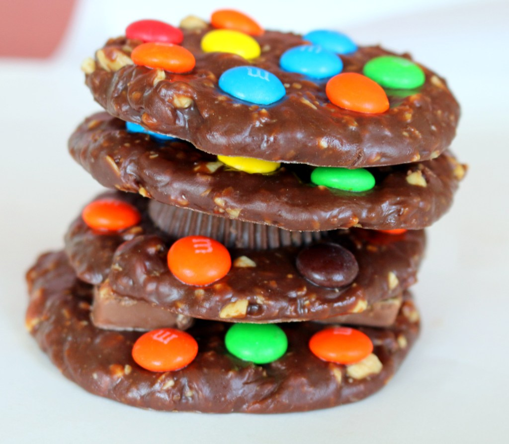 eat more candy cookies from the best food blog 5starcookies -no bake the best recipe for YOU and your family