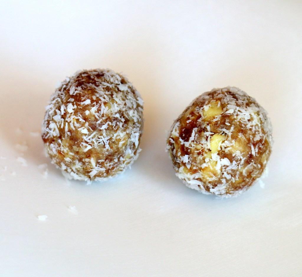 Walnut Date Coconut Bites from the best food blog 5starcookies - Sean Penn and Winnipeg