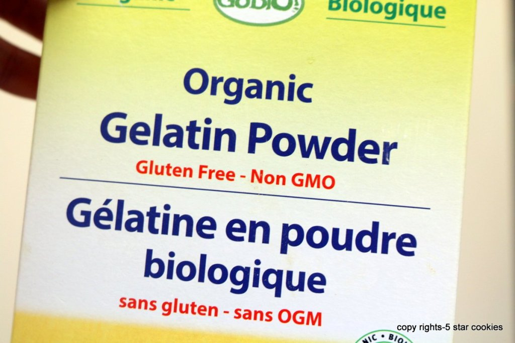 gelatin powder used for the best cranberry chocolate roll cake