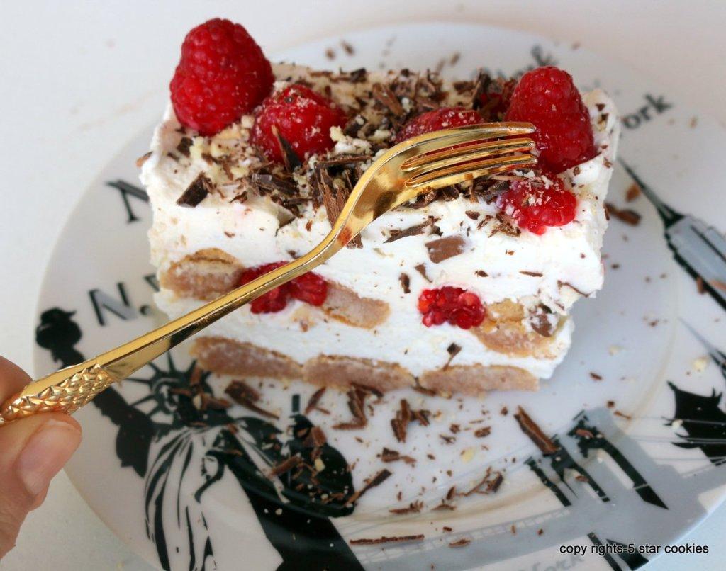eating summer desserts