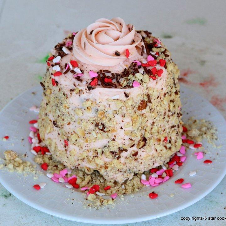 ferrero rocher Valentines cake