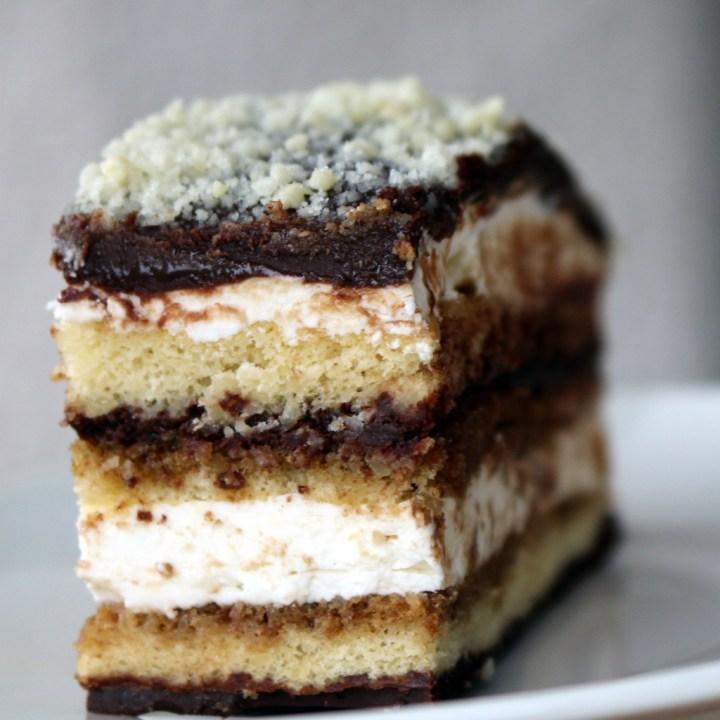 Opera Cake, Opera Life and US