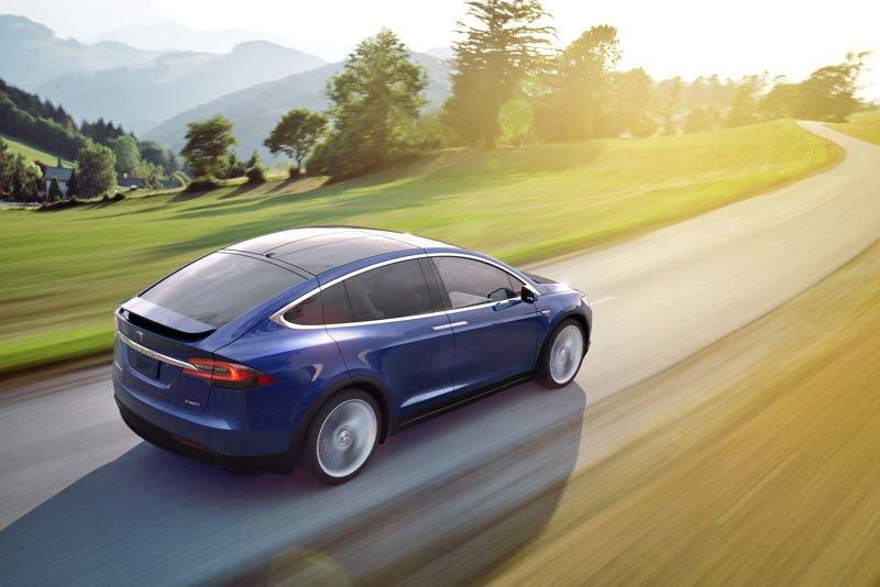 Tesla-Model-X-coches-electricos-del-salon-del-automovil-de-Madrid-3