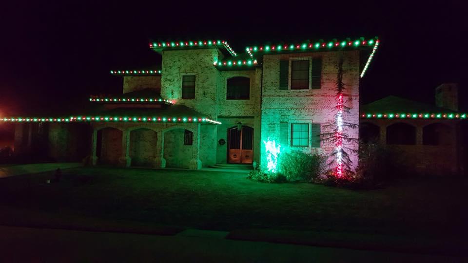 Christmas Lights 14938127 1450318154978650 2567171833131072927 n