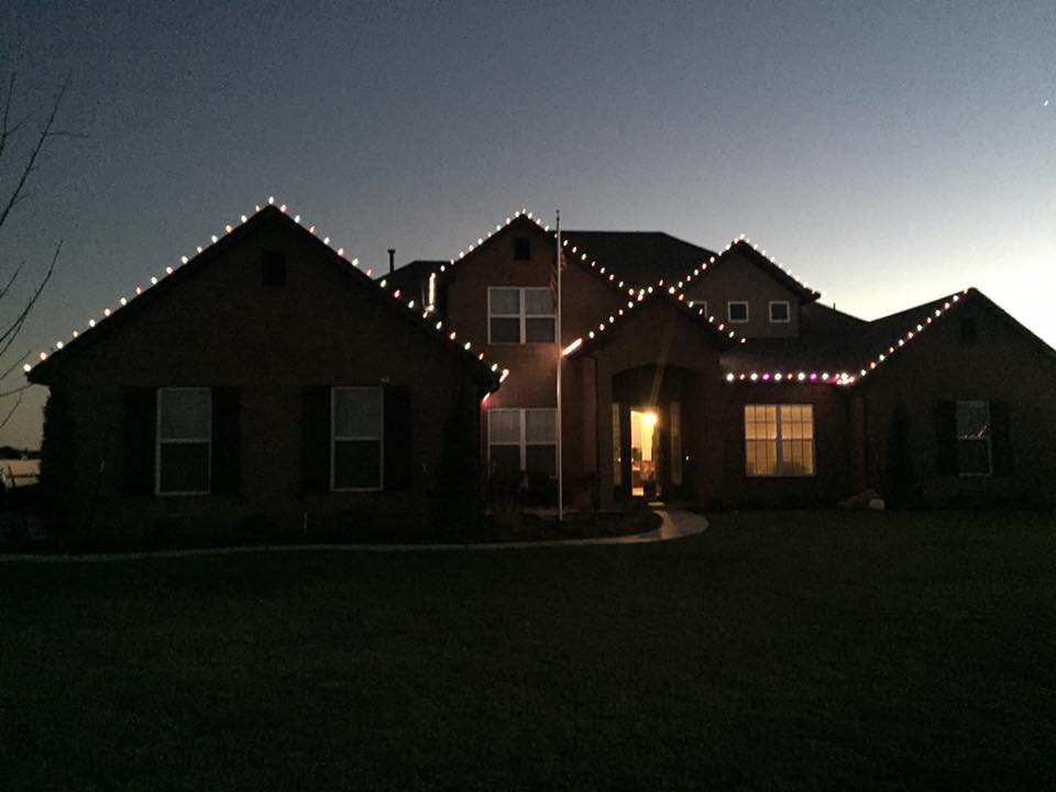 Christmas Lights 15170936 1464502630226869 8921518689663182460 n