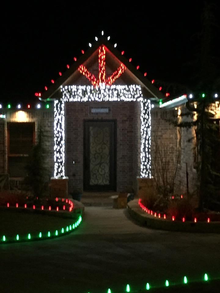 Christmas Lights 15284880 1474600559217076 5037949043492001574 n