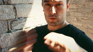 Self-defense: assess the dangerousness of an aggressor