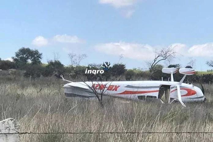 Aterrizaje forzoso de avioneta, tripulantes sin lesiones de importancia