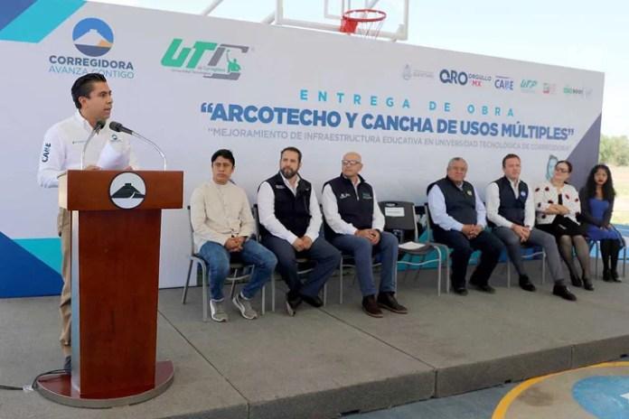 Entrega Roberto Sosa infraestructura a la UTC por más de 2.9 mdp