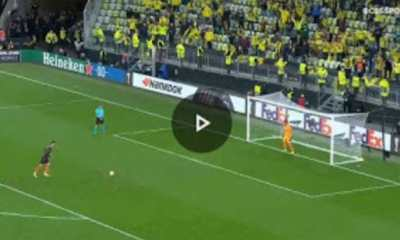 Watch Moment De Gea Misses Penalty Against Villarreal