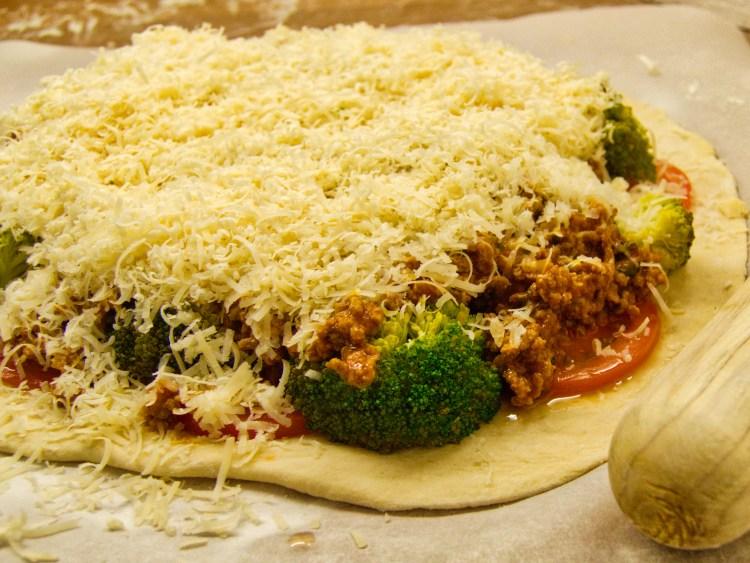 Pizza Mamma Lucia før ovnen | 6pm.dk