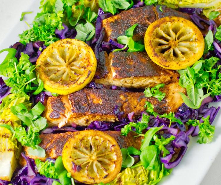 Cajun Laks med salat | 6pm.dk