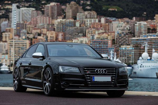 MTM Audi S8 Home