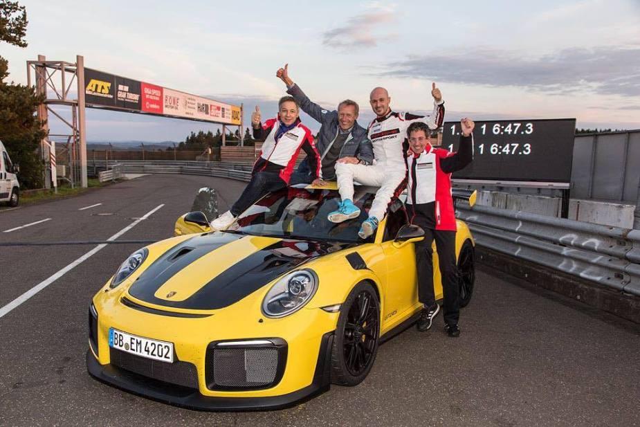 6SpeedOnline.com Porsche 911 GT2 RS Nurburgring Lap Record Production Car