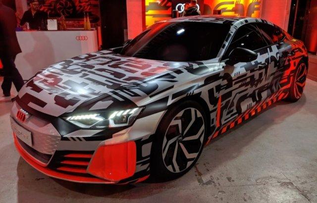 Audi eTron GT Live Front Corner