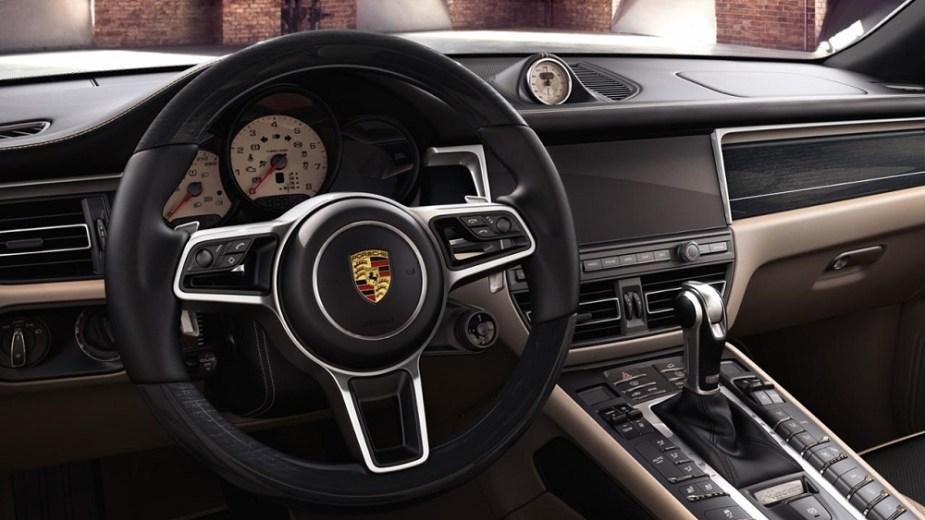 Porsche Exclusive Manufaktur Macan