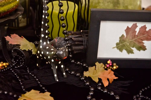 Quick, Cheap & Super Easy Halloween Decor...Using Thrift Store Items - 719woman.com