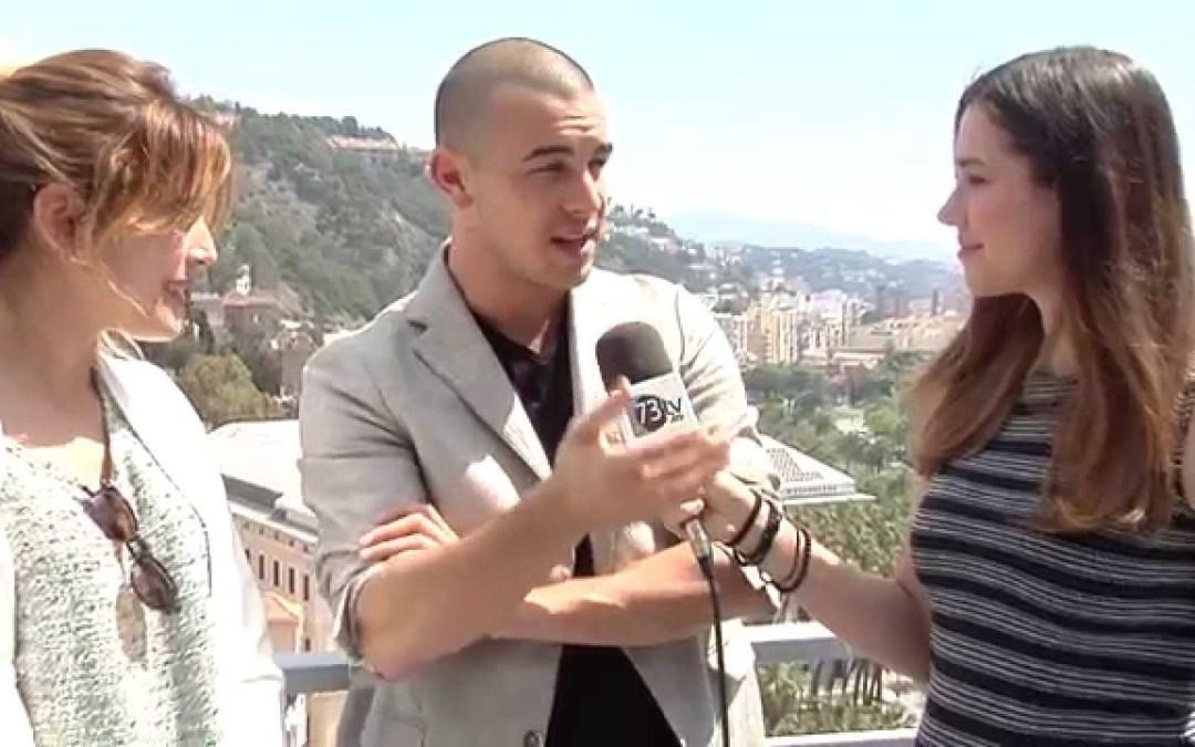 Mario Casas en la alfombra roja del 18 Festival de Cine de Málaga