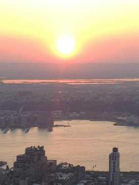 Pôr-do-sol visto do Empire State, NYC.