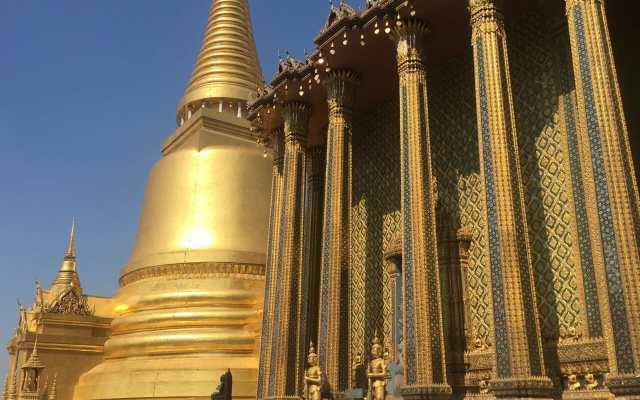 A magnífica plataforma elevada do Grand Palace