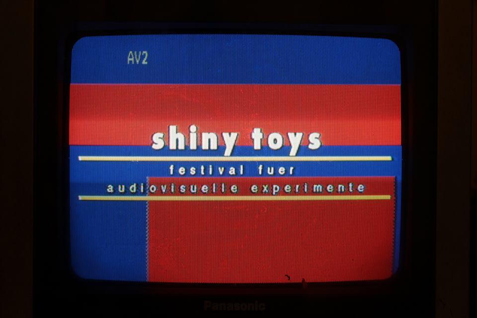 Infotext-Tafeln für SHINY TOYS Festival 2013