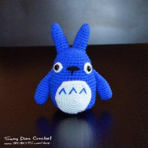 Crochet Blue Chu Tototro by Suzy Dias
