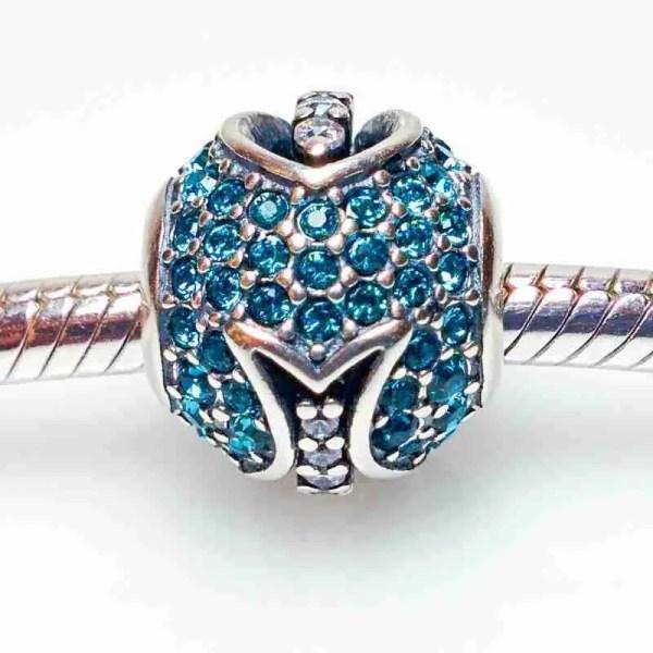 Turquoise Waters Crystal Fish Bead - 7SEASJewelry