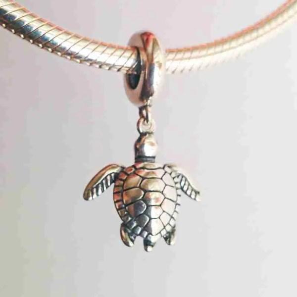 Green Turtle Charm - 7SEASJewelry