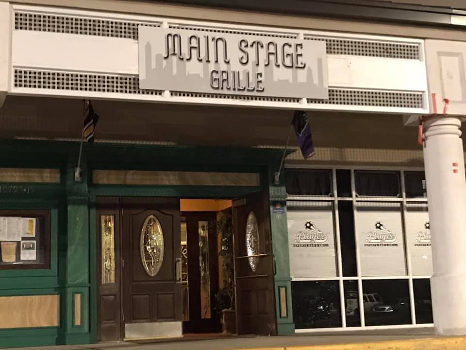 mainstage grille