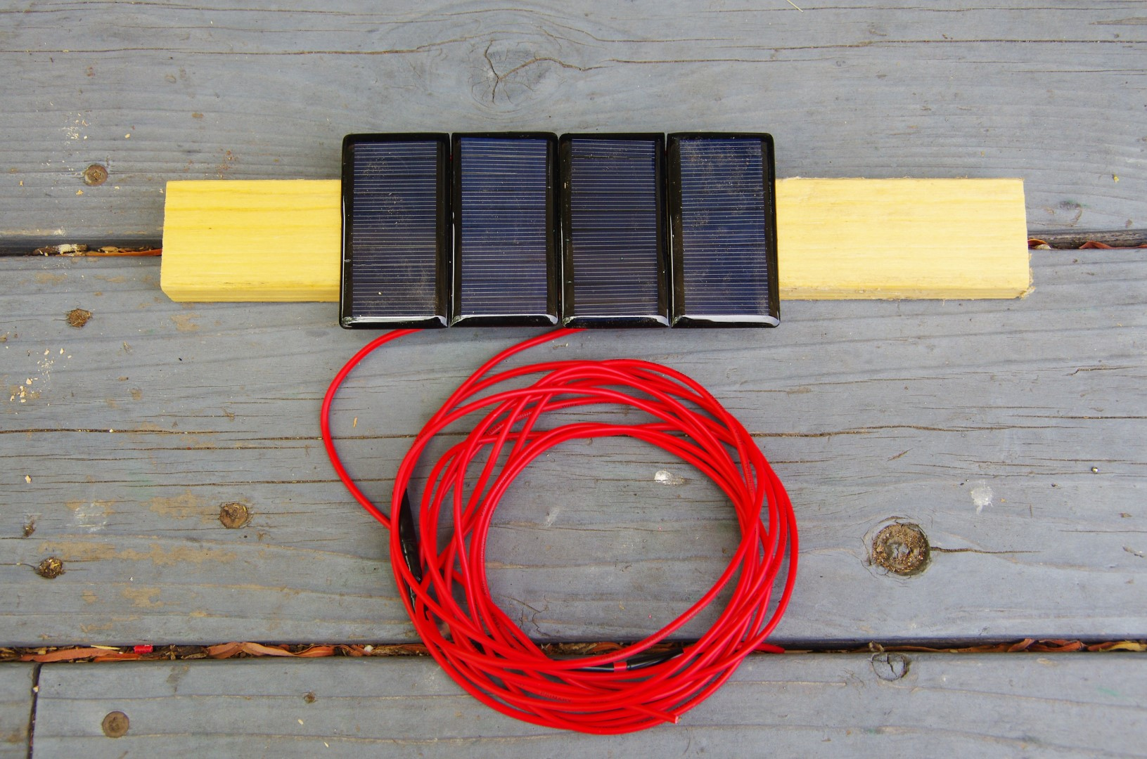 Solar Panel 18 Volt 60 Milliamp W Blocking Diode And 6 Of Wire Cable Wiring Unit