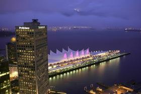 Vancouver_Night_Shot_Robert_Stuczynski_Noise_Blog