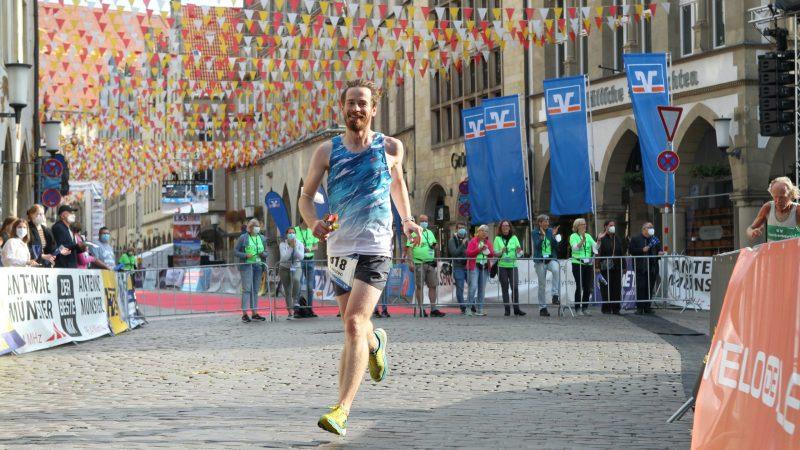 Muffensausen, begeisternde Zuschauer und eine spinnende Uhr – Münster Marathon 2021