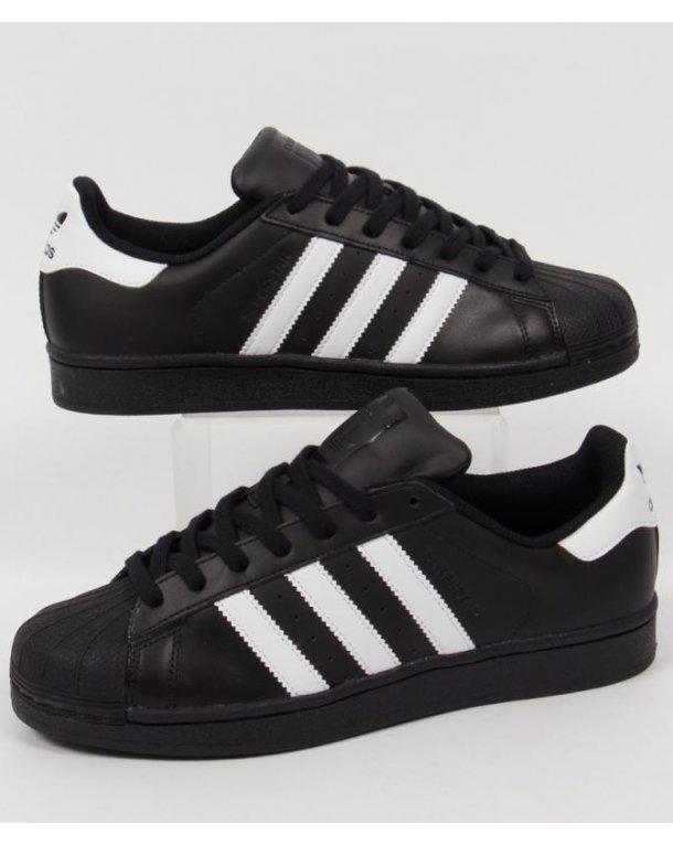 Clarks Famous Footwear