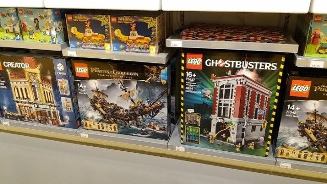 LEGO Store Wijnegem Ghostbusters Pirates Yellow Submarine
