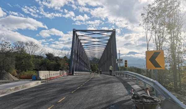 Tras tres años de lucha, vecinos celebran nuevo puente sobre el Río General que incentivará economía local