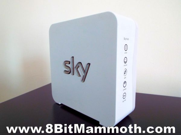 Sky SR101 White Sky Hub