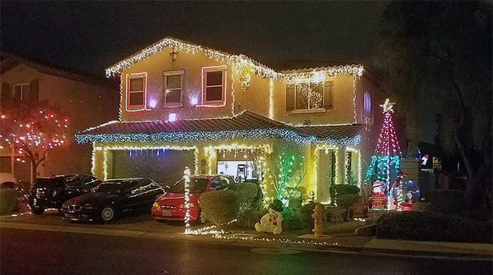 SLIDESHOW: Holiday Decorations
