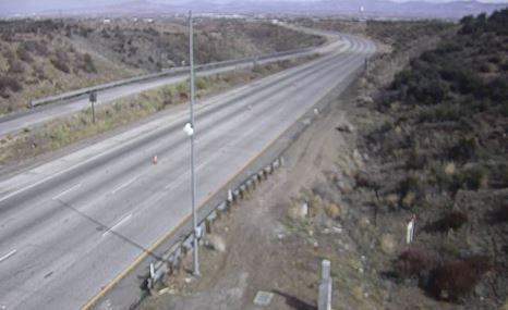 19-car crash forces full closure of SB I-15 at Cajon Pass