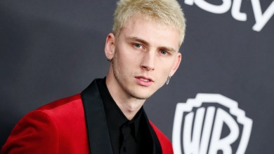Photo of Machine Gun Kelly Shares New Song 'Bloody Valentine': Listen