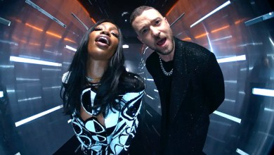 Photo of Listen To SZA And Justin Timberlake's New Song 'The Other Side'