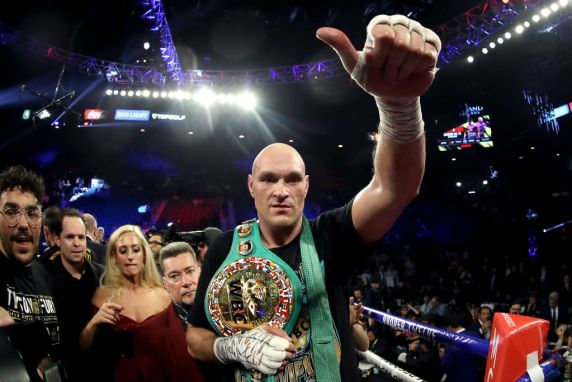 Tyson Fury Defeats Deontay Wilder