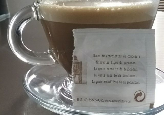 8-sorbos-inspiracion--el-pais-de-las-mariposas-de-nerea-riesco-libro-lectura-sinopsis-opinion-mi-momento-cafe