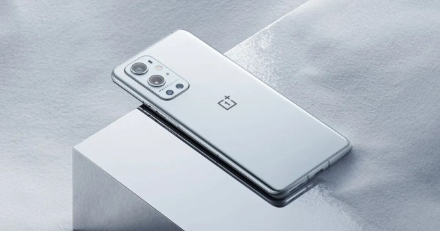 OnePlus 9 5G, OnePlus 9 Pro 5G complete specs leaked ahead of launch