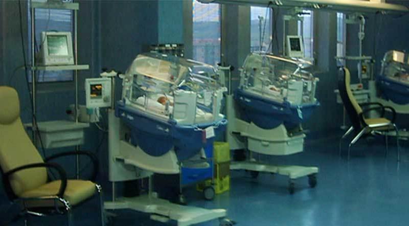 Altro caso Nicole: muore neonato dopo aver girato tre ospedali